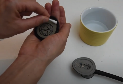 Cleaning Your Stethoscope - Littmann Lightweight II S.E.