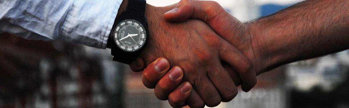 handshake-trade-business-deal