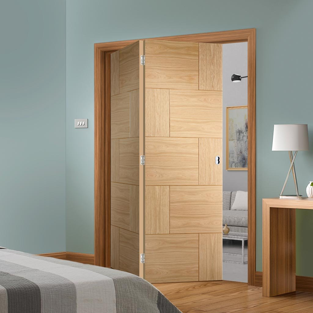 Bespoke Thrufold Ravenna Oak Flush Folding 2+0 Door - Prefinished