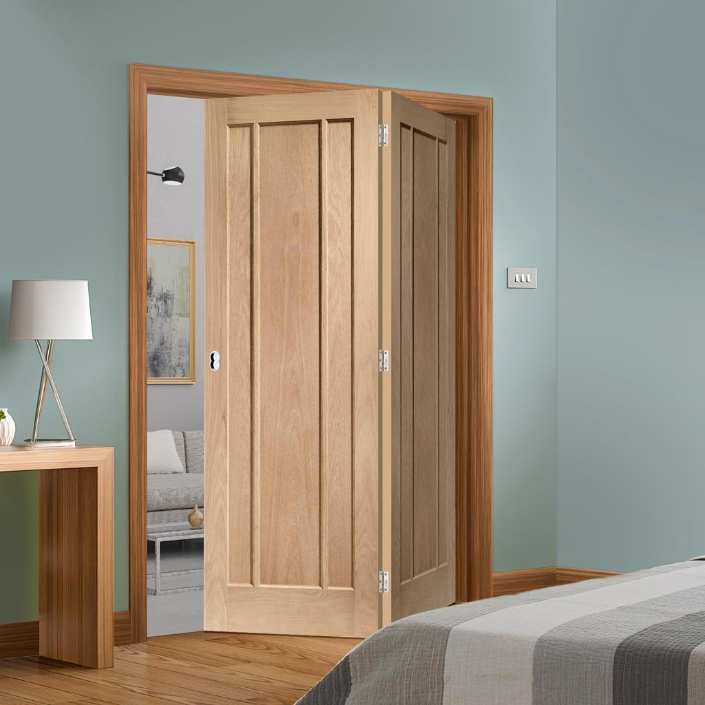Two Folding Doors & Frame Kit - Worcester Oak 3 Panel 2+0 - Prefinished