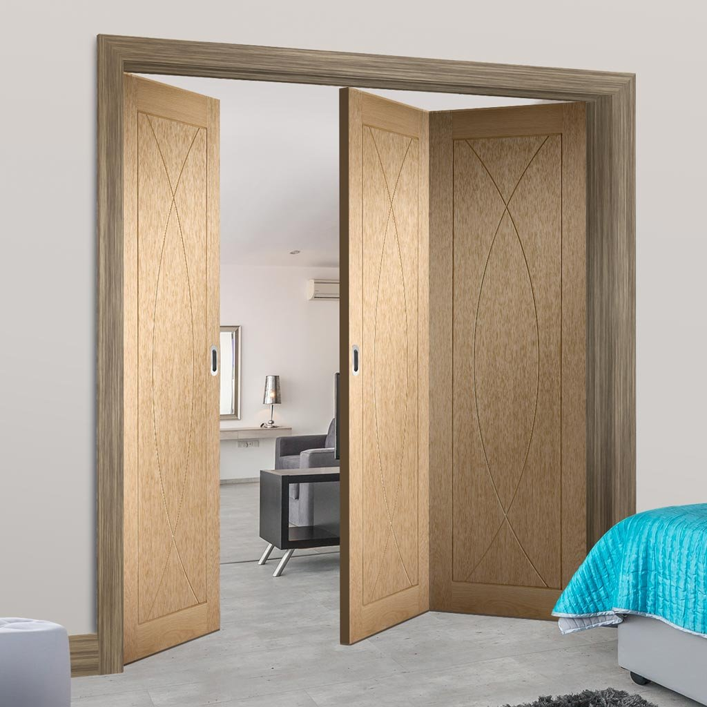 Bespoke Thrufold Pesaro Oak Flush Folding 2+1 Door