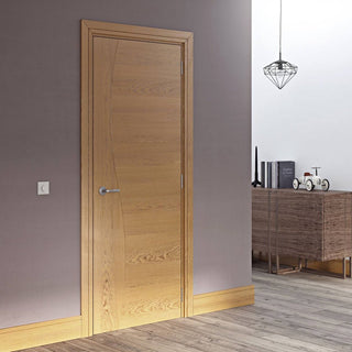 Image: Cadiz Real American White Oak Crown Cut Veneer Door - Prefinished from Deanta UK