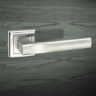 Image: Kansas Status Lever on Square Rose - Satin Chrome