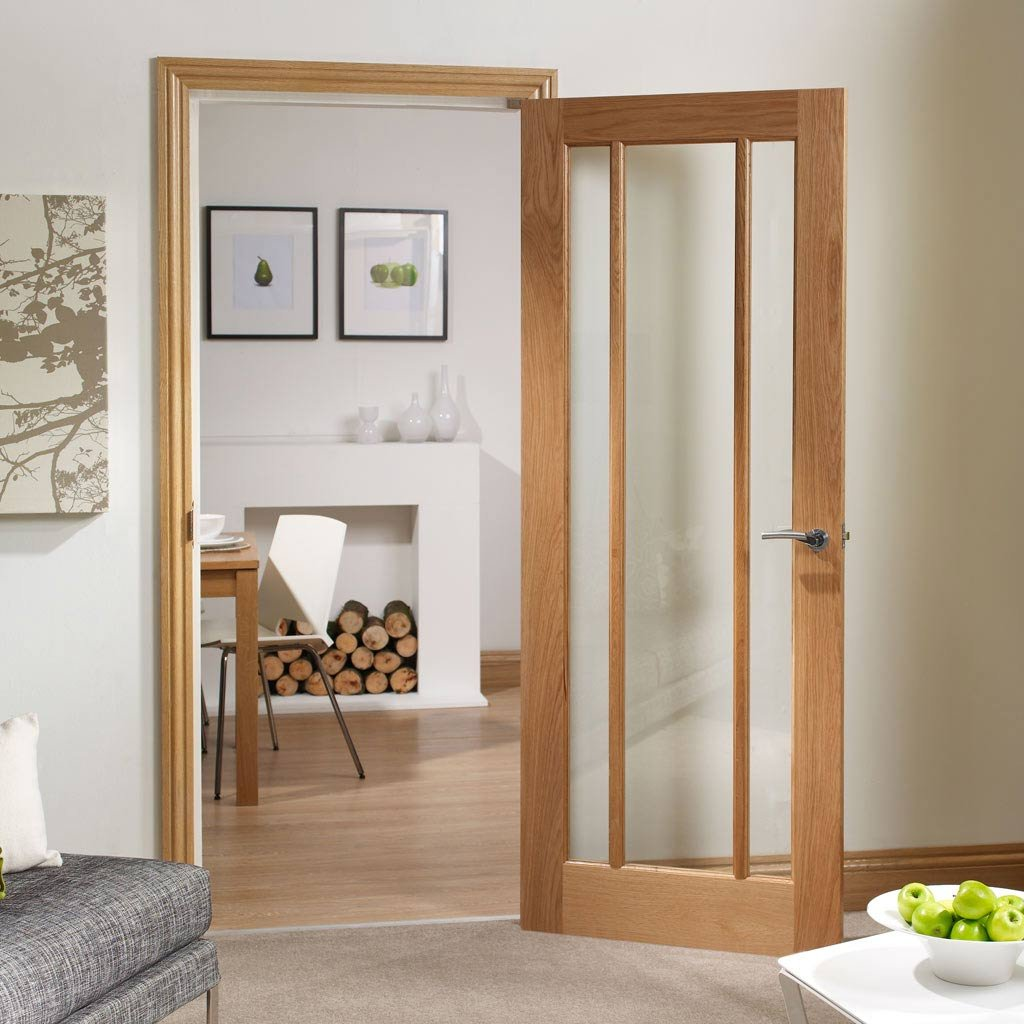 Door and Frame Kit - Worcester Oak 3 Pane Door - Clear Glass - Prefinished