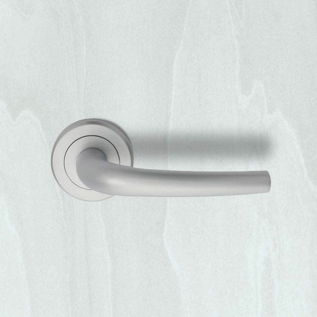 Serozzetta Classic ZIN3117 Lever Latch Handles on Round Rose - 2 Finishes