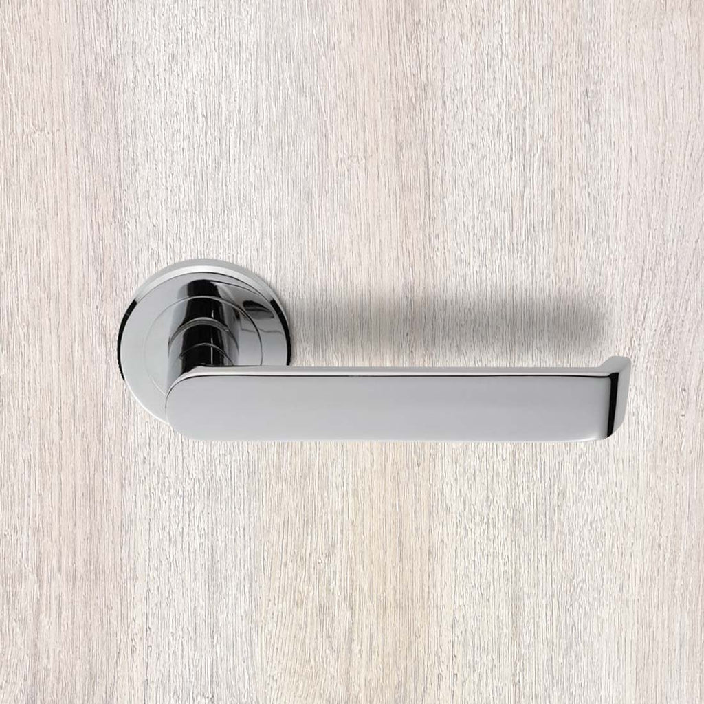 Serozzetta Concept SZM220 Lever Latch Handles on Round Rose - 2 Finishes