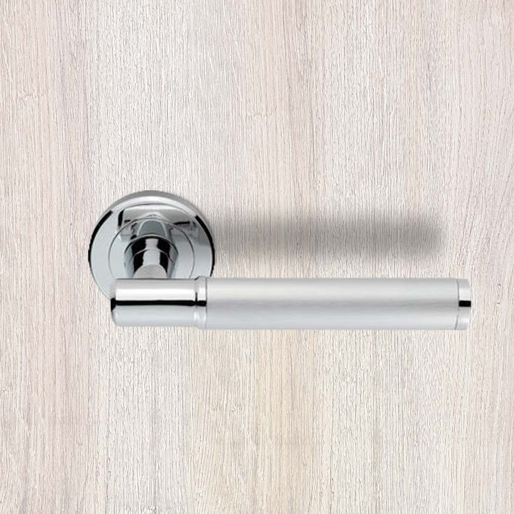 Serozzetta Image SZM250 Lever Latch Handles on Round Rose