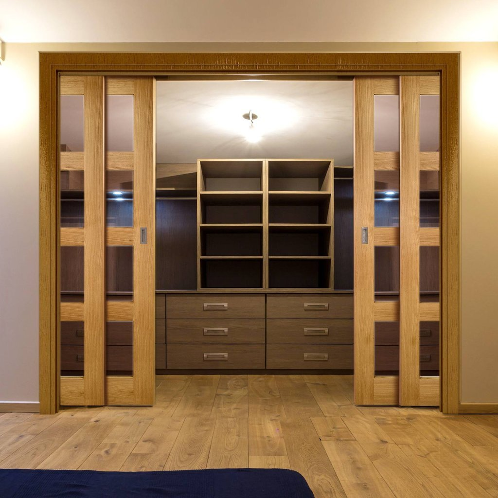 Coventry Shaker Style Oak Veneer Staffetta Quad Telescopic Pocket Doors - Clear Glass - Unfinished