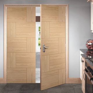 Image: Ravenna Oak Flush Door Pair