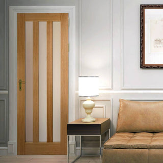 Image: Utah 3 Pane Oak Door - Frosted Glass