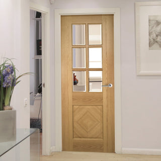 Image: Deanta oak veneered interior door with safety glass