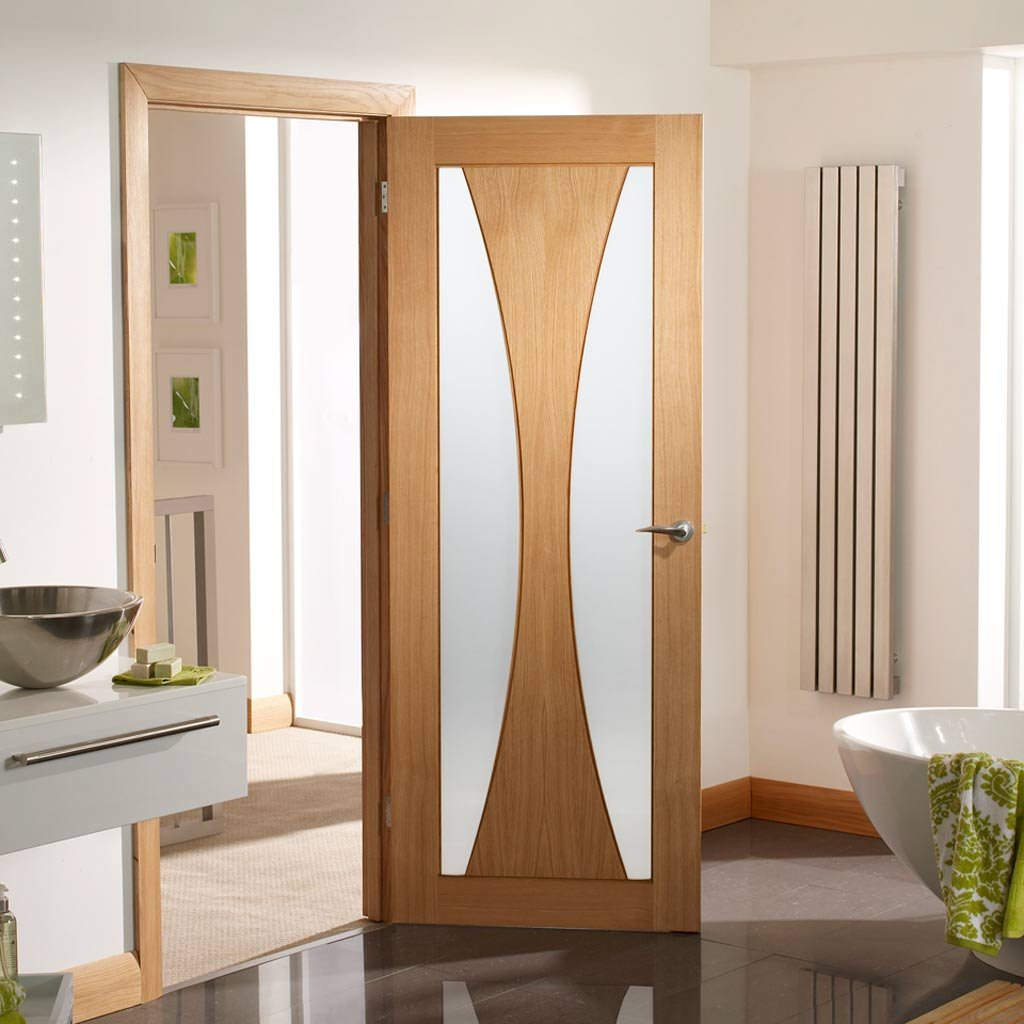 Verona modern door with contemporary style clear glazing