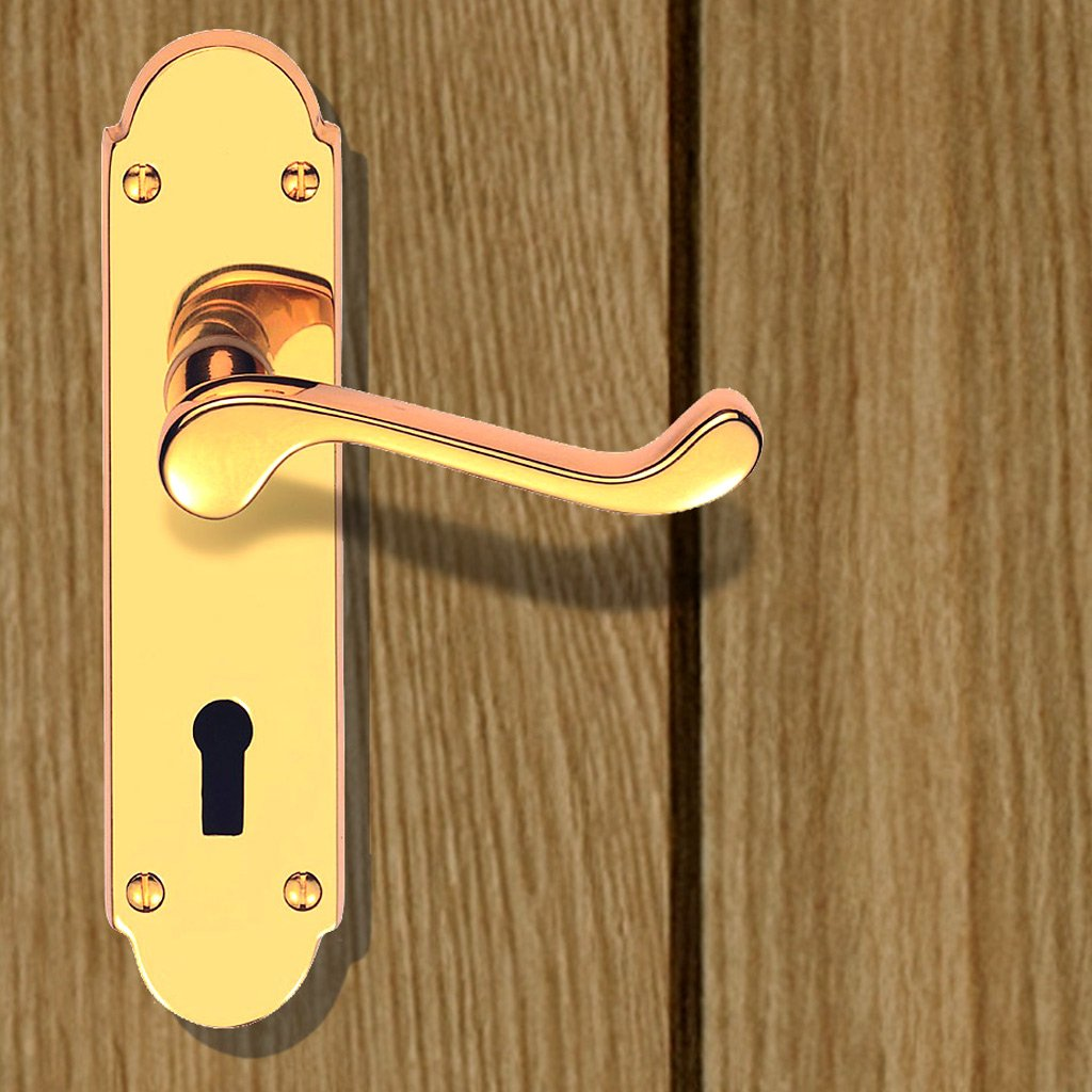 DL168 Oakley Suite Lever Lock Door Handles - 3 Finishes