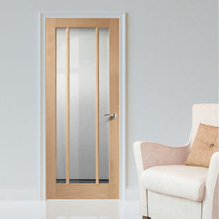 Image: bespoke worcester oak 3l glazed door