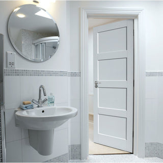 Image: Interior bathroom doors