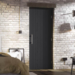 Image: Laminate Montreal Black Door - Prefinished