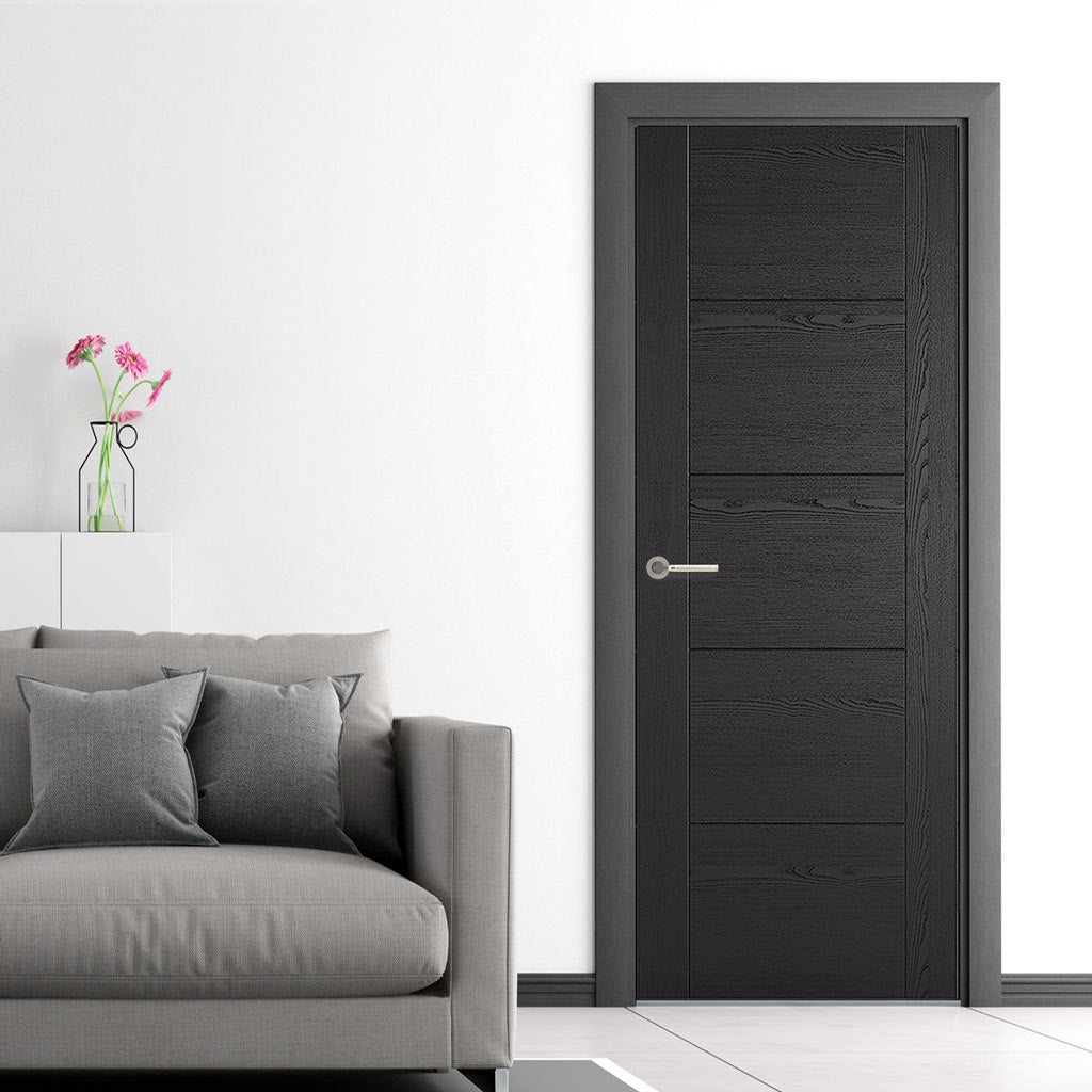 Laminate Vancouver Black Door - Prefinished