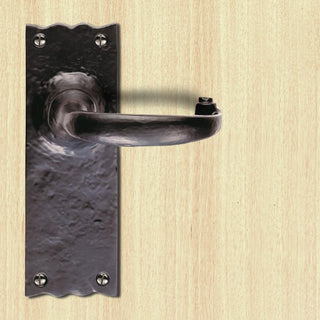 Image: Antique Black Ludlow LF5502 Traditional Lever Latch Handles - Size 152x55mm