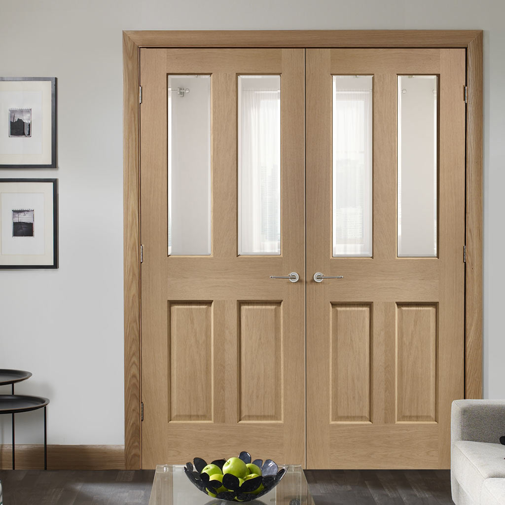 Malton Oak Door Pair - No Raised Mouldings - Bevelled Clear Glass - Prefinished