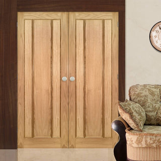 Image: Norwich Real American Oak Veneer Door Pair - Unfinished