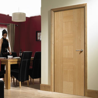 Image: Catalonia Flush Oak Veneer Door - Prefinished