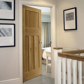 Image: Oak shaker interior door