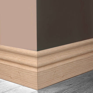 Image: LPD; Traditional Oak Veneer Skirtings on MDF - Not decorated
