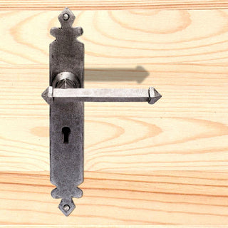 Image: Ludlow Pewter PE5501 Antique Tudor Lever Lock Handle, 266x43mm