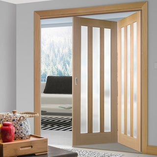 Image: Two Folding Doors & Frame Kit - Utah 3 Pane Oak 2+0 - Frosted Glass - Prefinished
