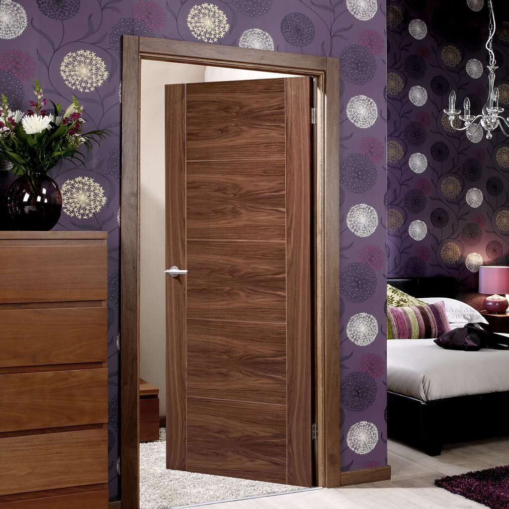 Bespoke Vancouver Walnut 5P Flush Door - Prefinished