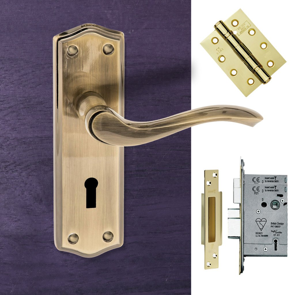 Warwick Old English Lever on Backplate - Key - Antique Brass Handle Pack