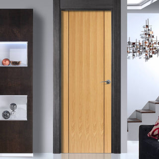 Image: Chartwell Door - Oak Veneer - Prefinished
