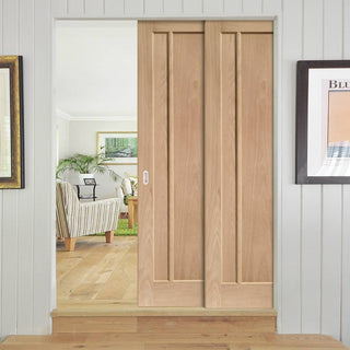 Image: Worcester 3 Panel Oak Veneer Staffetta Twin Telescopic Pocket Doors