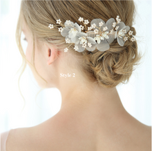 Load image into Gallery viewer, Romantic Flower And Beads Bridal Hair Comb And Pin 3 Set - BCW accessories