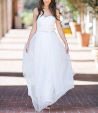 Load image into Gallery viewer, White Bridal Dress