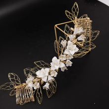 Load image into Gallery viewer, Flower Gold Leafs Wedding Hair Comb