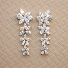 Load image into Gallery viewer, BCW accesories | Bridal Earrings