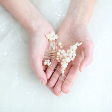 Load image into Gallery viewer, Pearl Bridal Hair Comb And Pin Set
