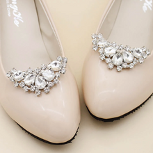 Load image into Gallery viewer, Bridal Shoe Clip