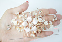 Load image into Gallery viewer, Rose Gold Flower With Rhinestone And Pearl Bridal Hair Comb - BCW accessories