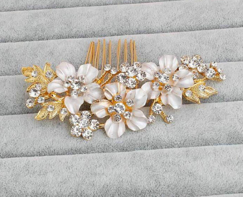 Flower Matte gold Flower And Rhinestone Comb - BCW accessories