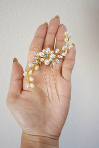 Set of 2 Bride pearl crystal hair pin | 3 colors available