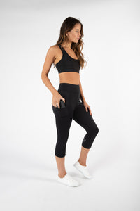 Sprint crop leggings available in gorgeous colourways - get your New Years resolution underway with these beauties! Must have pocket for your phone