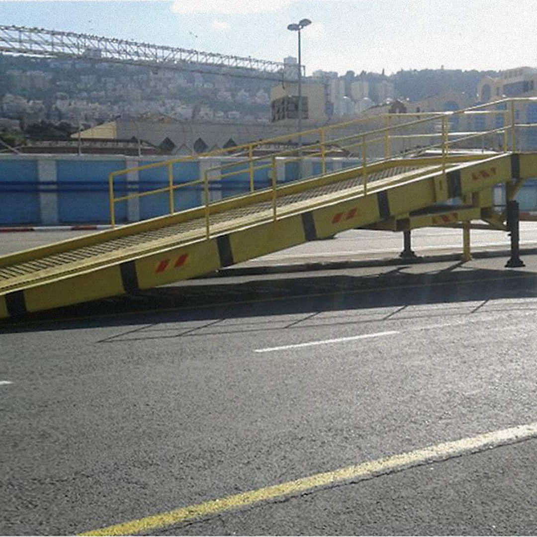 Mifram Mobile Warehouse Dock Ramps