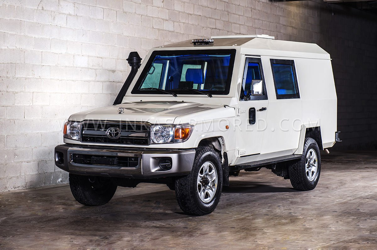 Armored CIT Van Toyota Land Cruiser 79