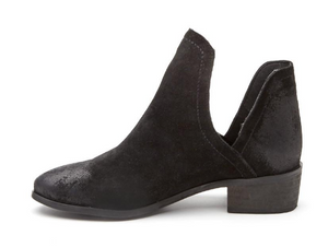 Pronto Black Ankle Bootie - Lyla Taylor Boutique