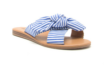 Reese Beach Day Slides - Lyla Taylor Boutique