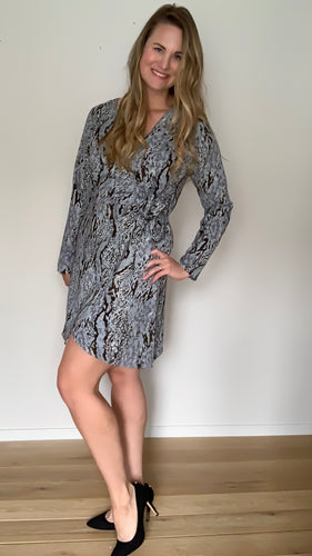 Choose to Charm Wrap Dress - Lyla Taylor Boutique