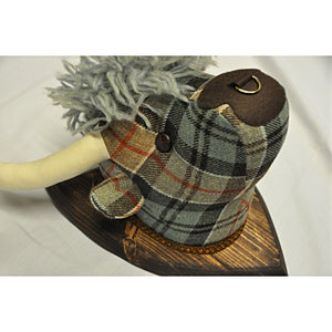 Highland Cow Fabric Wall Decoration in Weathered Colquhoun Tartan Tweed