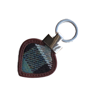 Heart Keyring in Weathered Colquhoun Tweed and Leather - Luss General Store